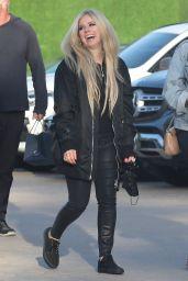Avril Lavigne - Out in Malibu 05/03/2021