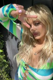 Bebe Rexha - Live Stream Video adn Photos 04/30/2021