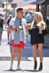 Courtney Stodden - Out in Palm Springs 05/17/2021