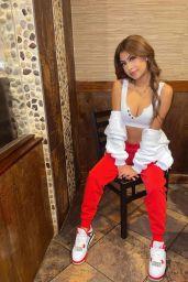 Desiree Montoya - Live Stream Video and Photos 05/05/2021