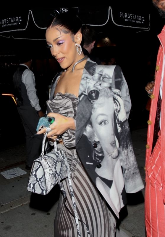 Doja Cat - Billboard Music Awards After-Party at The Nice Guy in West Hollywood 05/23/2021