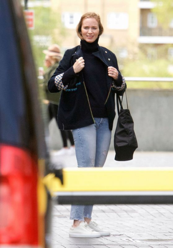 Emily Blunt - Out in London 05/09/2021