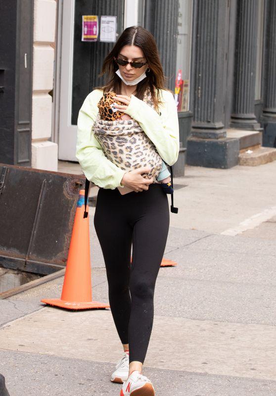 Emily Ratajkowski - Out in NYC 05/04/2021