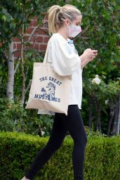 Emma Roberts - Out in LA 05/11/2021