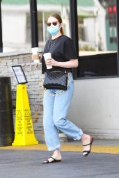 Emma Stone - Out in Pacific Palisades 05/01/2021