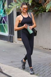 Georgia Fowler in Workout Outfit - Sydney 05/08/2021