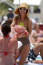 Giada De Laurentiis in a Swimsuit - Beach in Miami 05/20/2021