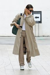 Hailey Rhode Bieber in a Burberry Rain Coat - Los Angeles 05/06/2021