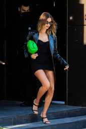 Hailey Rhode Bieber - Leaving Her Apartment in NYC 05/17/2021