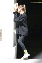 Hailey Rhode Bieber - Out in Beverly Hills 05/21/2021