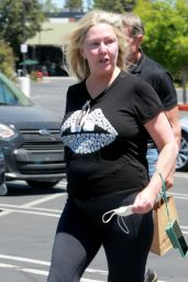Heather Locklear - Out in Agoura Hills 05/24/2021