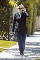 Jane Lynch - Out in West Hollywood 05/27/2021