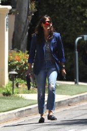 Jennifer Garner at Her New House in Brentwood 05/27/2021