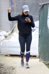 Jennifer Garner - Out in Brentwood 05/28/2021