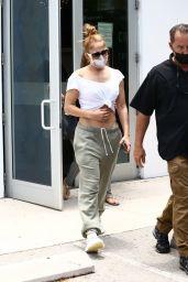 Jennifer Lopez - Leaving a Gym in Miami Beach 05/11/2021