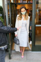Jessica Alba - Going to The Jimmy Fallon Show in NYC 05/06/2021