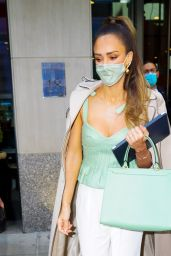 Jessica Alba is Stylish - Leaving Her Hotel in NY 05/06/2021