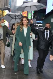 Jessica Alba - Out in New York 05/05/2021