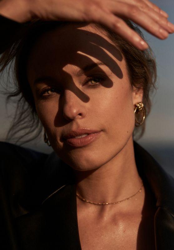 Jessica McNamee - Grazia Magazine May 2021