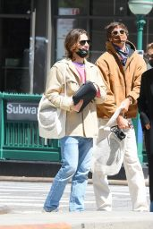 Kaia Gerber and Jacob Elordi - Stroll Together in Manhattan 05/11/2021