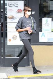 Kaia Gerber in Casual Outfit - West Hollywood 05/18/2021