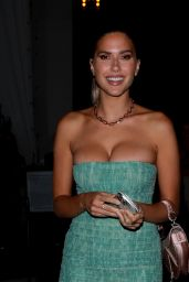 Kara Del Toro in a Form-Fitting Strapless Green Dress at Catch LA in West Hollywod 05/27/2021