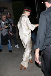 Kate Hudson With Goldie Hawn and Kurt Russell - Giorgio Baldi in Santa Monica 05/19/2021