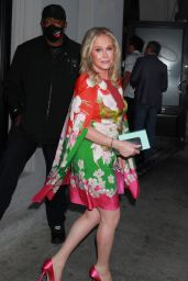 Kathy Hilton - Arriving for Dinner at Craig's in West Hollywood 05/25/2021