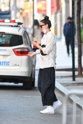 Katie Holmes - Out in NYC 05/14/2021
