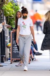 Katie Holmes - Out New York City 05/25/2021