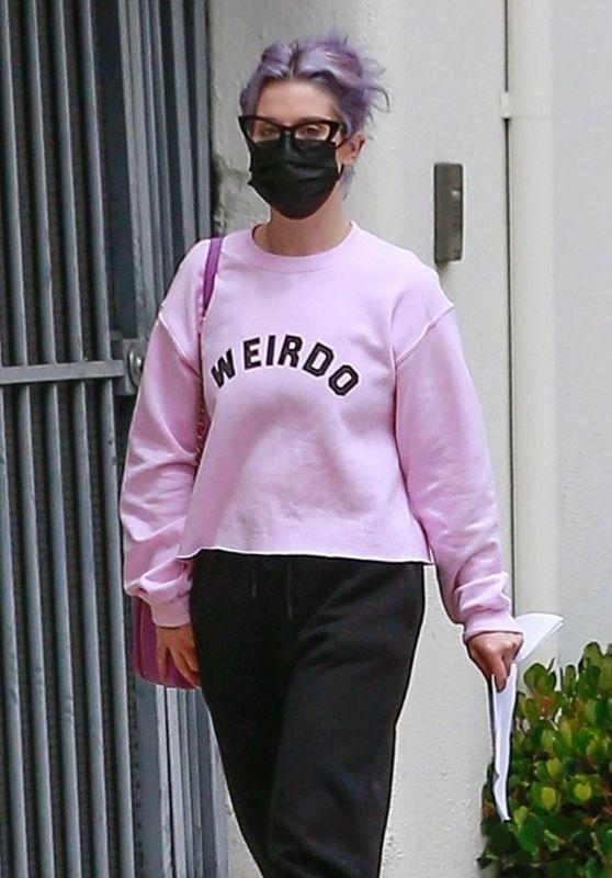Kelly Osbourne in a Pink Sweatshirt - Beverly Hills 05/16/2021