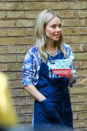 Kelly Ripa - Shooting for the Kelly and Ryan Show in New York 05/26/2021