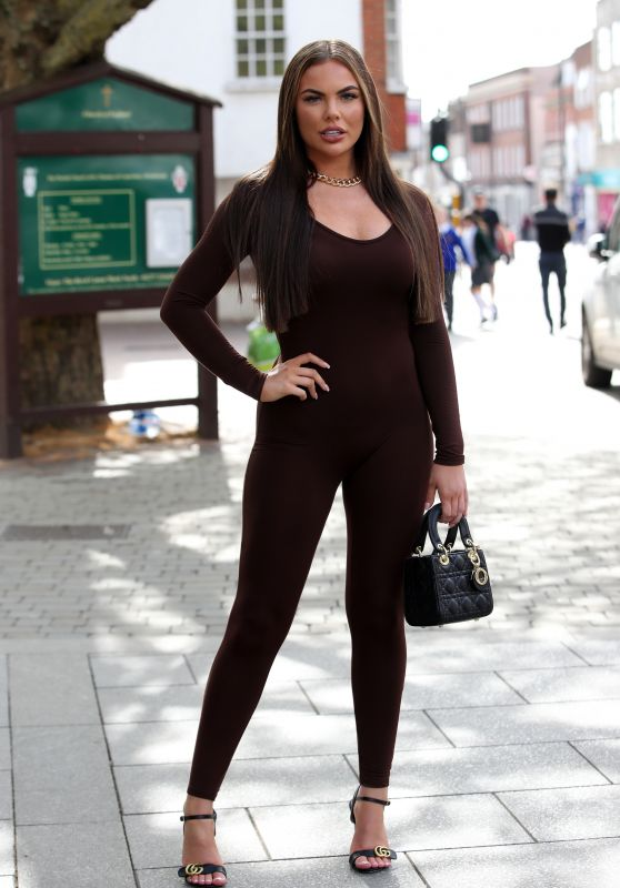 """Kelsey Stratford – """"The Only Way is Essex"""" TV Show Filming 05/15/2021"""