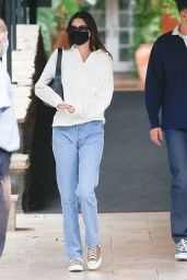 Kendall Jenner at the Bel Air Hotel in LA 05/06/2021