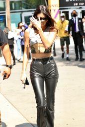 Kendall Jenner - Leaving the LA Lakers vs Phoenix Suns Basketball Game in LA 05/30/2021