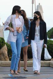 Kendall Jenner Street Style - Malibu 05/03/2021