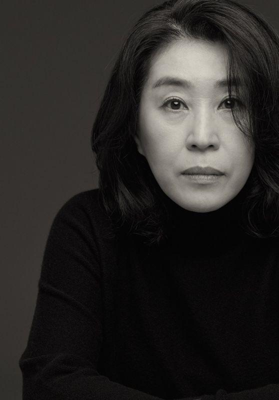 Kim Mek Yung – 200 Korean Actor Campaign 2021