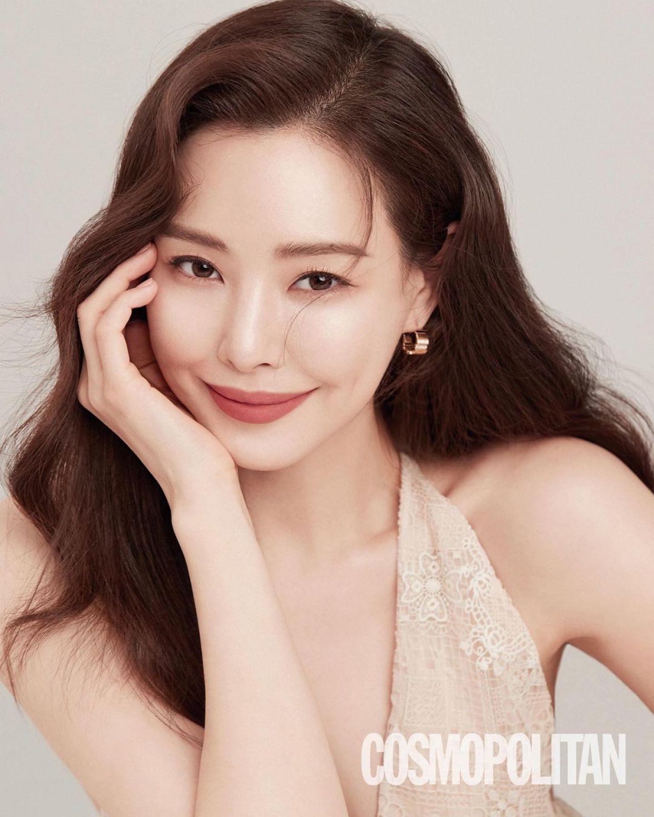 Lee Ha Nui - Cosmopolitan Magazine May 2021 • CelebMafia