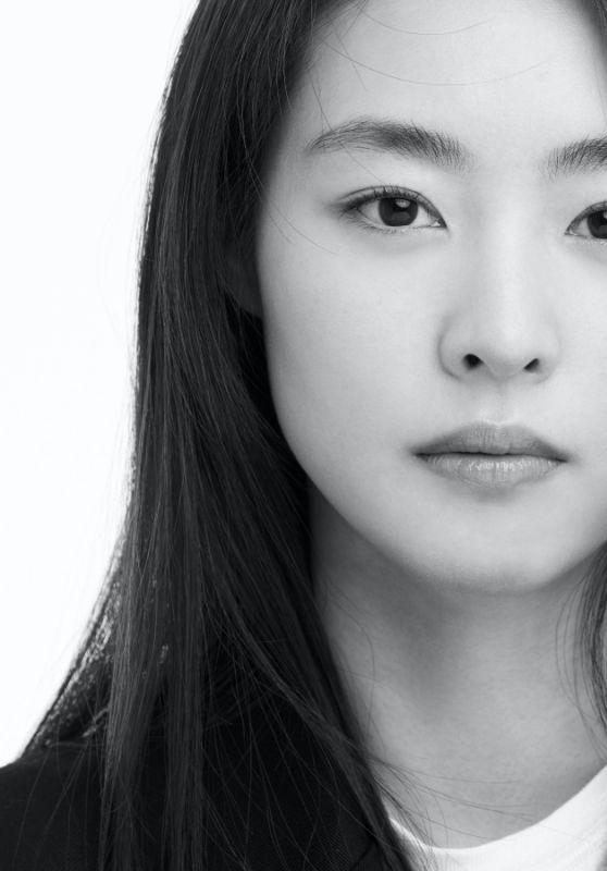 Lee Yeon Hee – 200 Korean Actor Campaign 2021