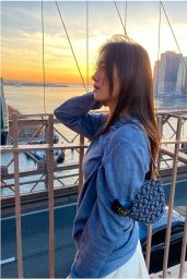 Lily Chee - Live Stream Video and Photos 05/01/2021