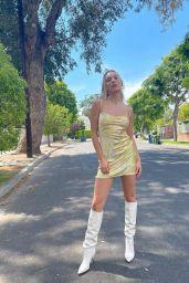 Maddie Ziegler - Live Stream Video and Photos 05/12/2021