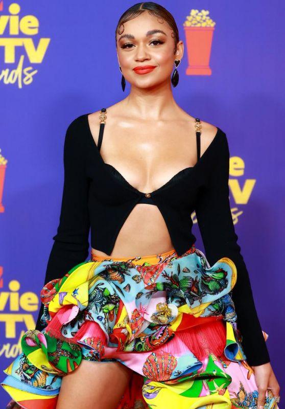 Madison Bailey – 2021 MTV Movie & TV Awards