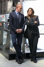 "Mariska Hargitay and Christopher Meloni - ""Law and Order: Organized Crime"" Set in Manhattan 05/17/2021"