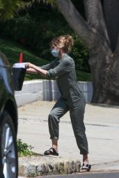 Michelle Pfeiffer - Out in Brentwood 05/03/2021