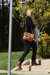 Mischa Barton - Heading to a Friends House in Los Angeles 05/21/2021