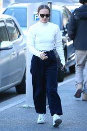 Natalie Portman Wears a Cream Sweater - Sydney 05/17/2021