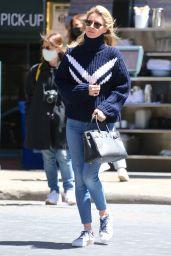 Nicky Hilton Street Style - Soho in New York 05/06/2021
