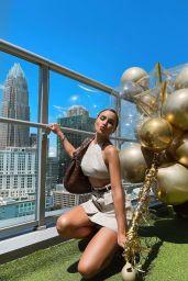 Olivia Culpo Outfit 05/07/2021