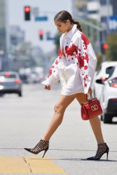 Olivia Culpo Street Style - Out in LA 05/29/2021