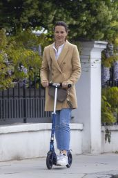 Pippa Middleton - Scooter Ride in London 05/21/2021